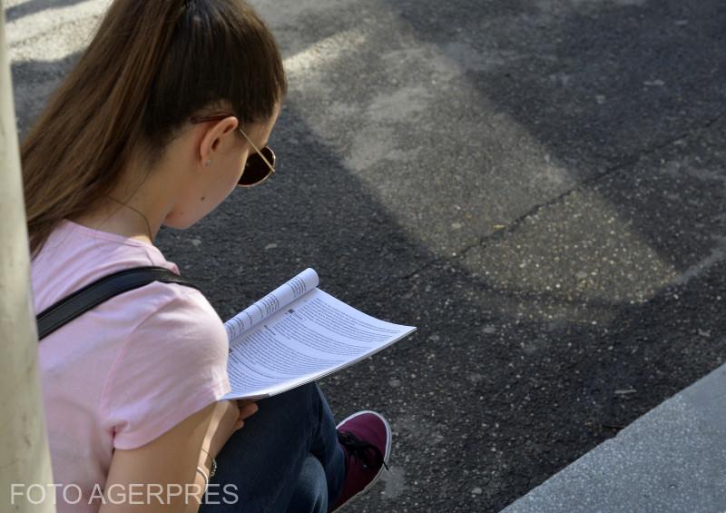 Examenul de Bacalaureat la Limba şi Literatura Română, Liceul Spiru Haret