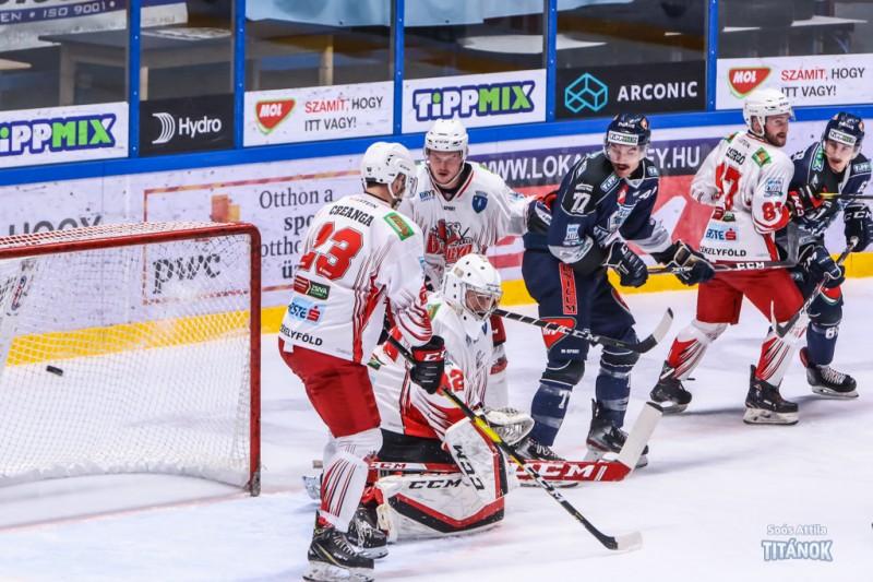 Fehérvári Titánok - Hockey Klub Gheorgheni 3-3 și 4-3 (Foto: Soós Attila -Titánok, by jegkorongblog.hu)