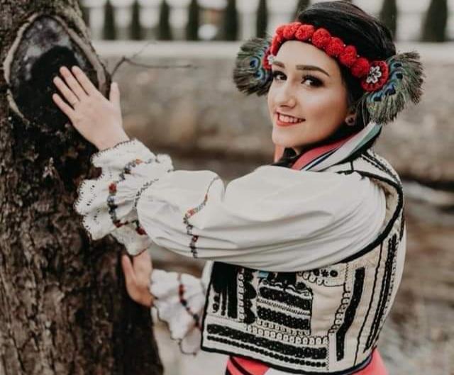 Larisa Bozbici